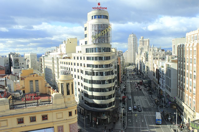 e033b9062bf61c3e81584d04ee44408be273e5d51bb0164291f0_640_madrid